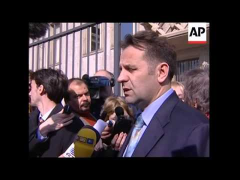 WRAP Serb min. on autopsy, Milosevic's lawyer, diplomatic car leaves Forensic Instit.