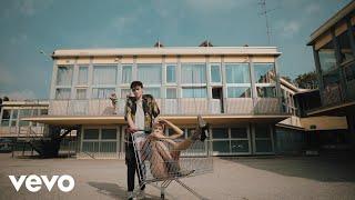 Смотреть клип Elodie, Michele Bravi, Guè Pequeno - Nero Bali