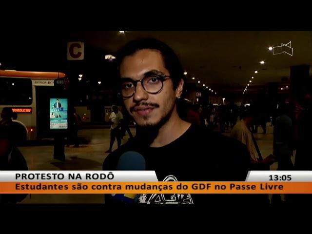 JL - Estudantes são contra mudanças do GDF no Passe Livre