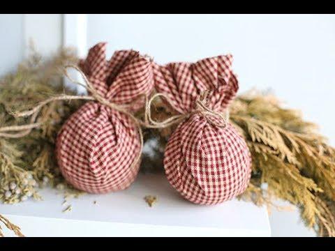 5 minute primitive fabric ball christmas ornaments - Primitive Christmas Ornaments