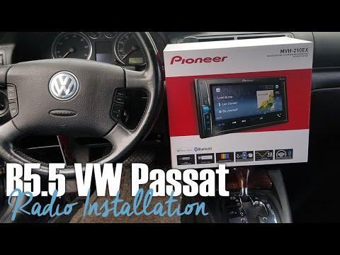 B5.5 Volkswagen Passat Aftermarket Radio Install