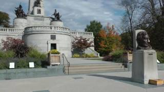 tour of Abraham Lincoln tomb in Springfield, Illinois