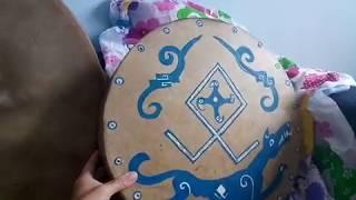 Etnomagazin.ru Три готовых шаманских бубна от алтайских мастеров