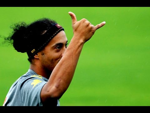 Ronaldinho Most Skillfull Player Ever !!...