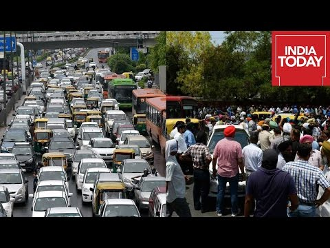 Angry Taxi Drivers Stages Protest Following Ban Of Diesel Cars In Delhi