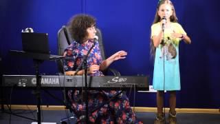 Download Спой со мной #21 - Фрагмент урока в школе вокала improviNation - Уроки вокала Школа вокала Киев Mp3 and Videos