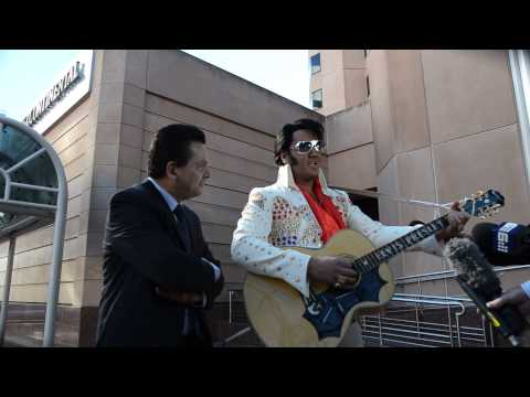 Love my Tender ~ Elvis & Nick Xenophon