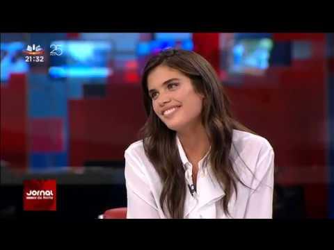 Sara Sampaio interview on Jornal Da Noite - 11/9/17
