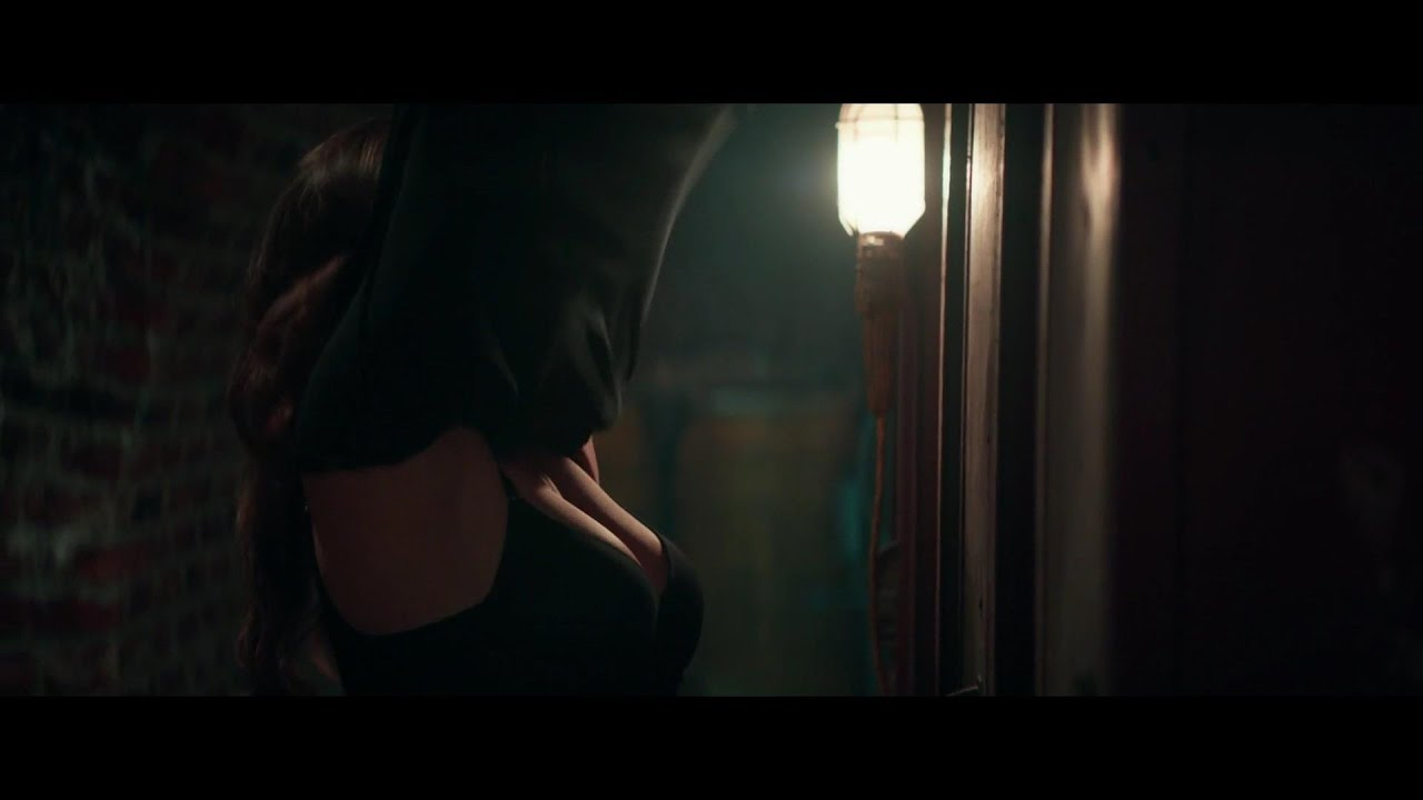 Emilia Clarke Hot Scene Hot Hollywood Actress Full Hd