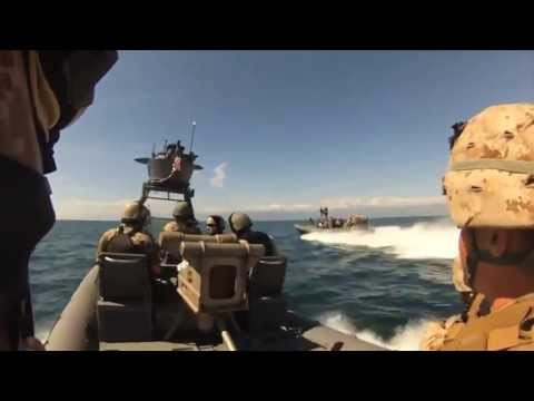 Marines Raid Oil Rig Off California Coast - Great Footage of Maritime Raid Training