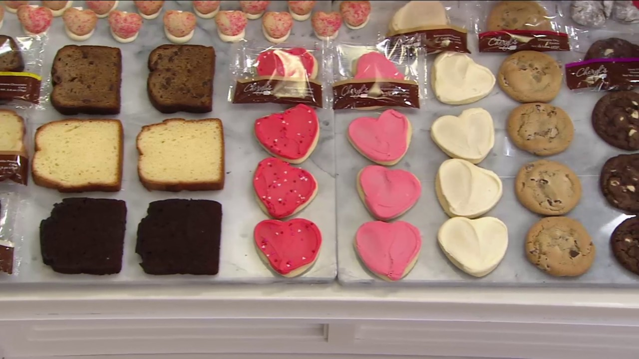 Cheryls 48 Piece Valentines Bakery Sampler On Qvc   Valentines Bakery