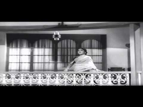 CID Movie (1965)   Yuvathulu Chusi Chudaka Video Song