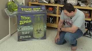 I bought a used Toxic Zombie Animatronic by Spirit Halloween - Will it work?  Unboxing and review.