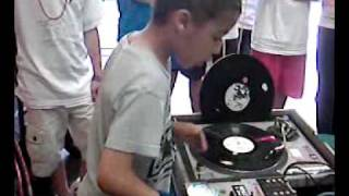dj a kidd now 9 years old his short 2010 turntablism routine