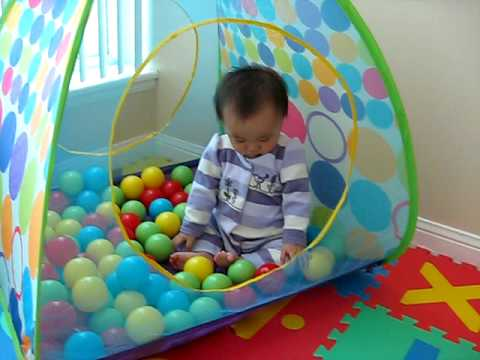 & jaylinbree-baby ball pit - YouTube