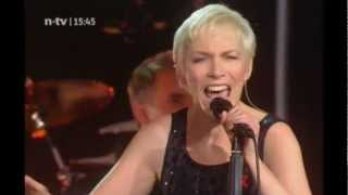 ANNIE LENNOX When Tomorrow Comes LIVE OSLO 2007