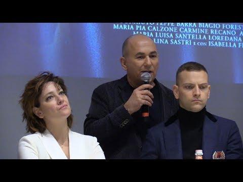 Ferzan Ozpetek spiega il suo film Napoli Velata