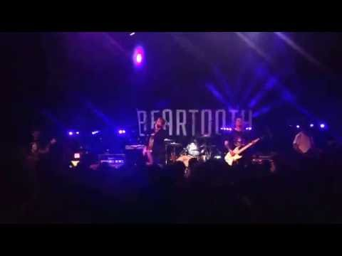 Beartooth Sick Of Me Live at the Nile...