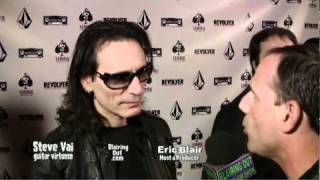 Steve Vai Talks W Eric Blair about Lemmy @ The premiere for Lemmy the movie