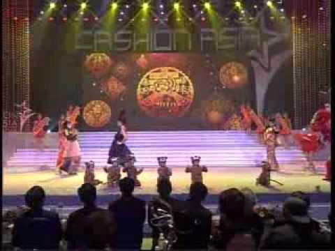 FASHION ASIA 2010 盛妆亚洲 (Part 1)