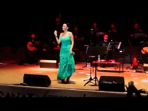 Şevval Sam Trabzon AKM Konseri