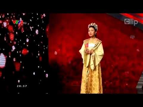 Cô gái hát 4 thứ tiếng khiến Hoài Linh