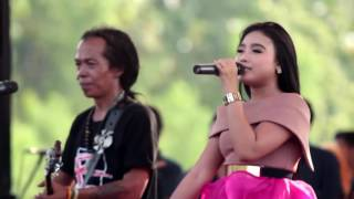 Download Mp3 Isyarat Cinta   Rere Amora & Sodiq Monata   Monata Roker 2016