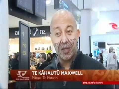 Te Waka Huia departs for the World Expo in Shanghai