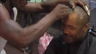 Amazing Haircut with no clippers or electricity on Canal Street in New Orleans