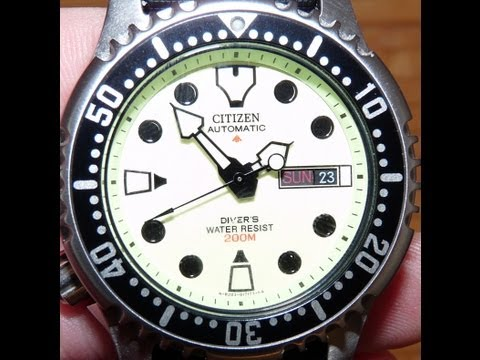 Citizen Promaster automatic divewatch NY0040-09W 200m WR / 20 ATM