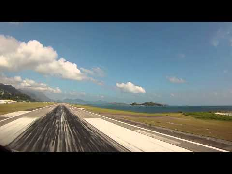 Global 5000 Landing in the Seychelles