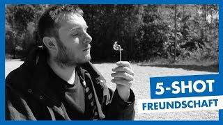 Baixar Freundschaft | Geschichte in 5 Bildern | Grundlagen Film & TV Production
