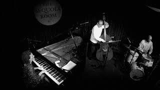 Lynne Arriale Trio - Dance of the Rain (live)