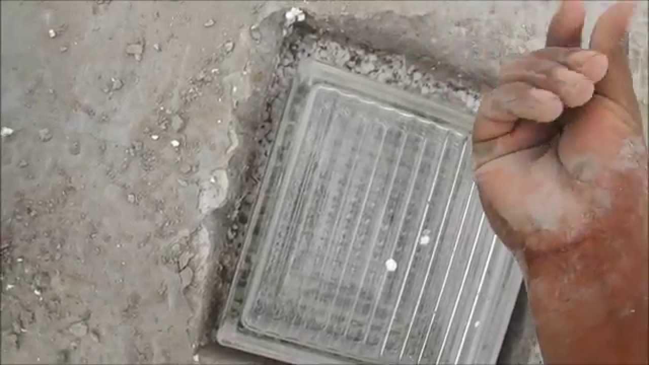 Como colocar bloques de vidrio en el techo youtube for Como encielar un techo