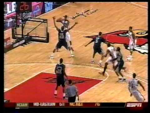 Sam Young windmill dunk vs Louisville