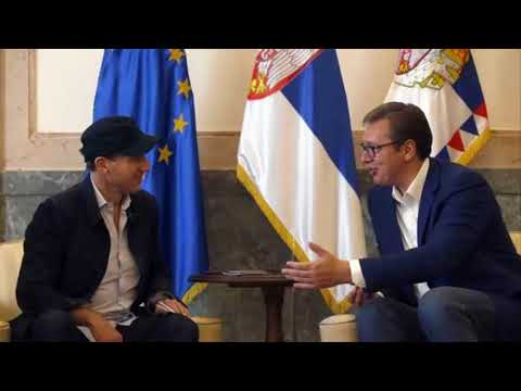 British actor Ralph Fiennes gets his Serbian passport from president