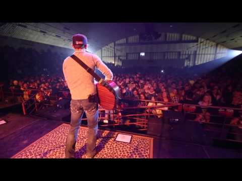 """32 Below """"Every Little Thing About You"""" Live @ ND Wintershow 2015"""
