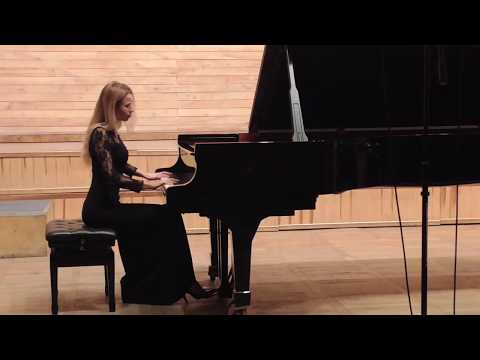 J. Brahms Intermezzo in A minor Op. 118 No 1 plays Anna Lipiak