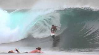 GIRLS SURFING, BILLABONG, QUICKSILVER, STEPH GILMORE