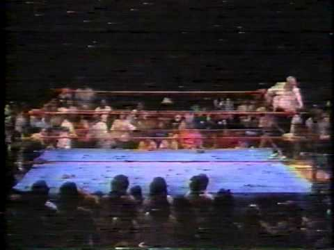 Gary Hart chokes out Scott Casey and slaps Mark Nulty