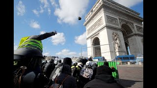 Feriti e arresti nel 18° atto di protesta dei Gilet gialli thumbnail