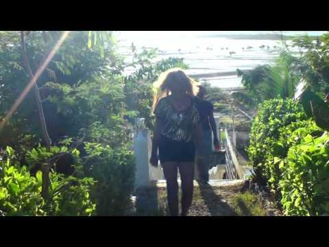 VIAVY CLARISSE ET NESSI MIMPODIANA(gasy malagasy 2015)