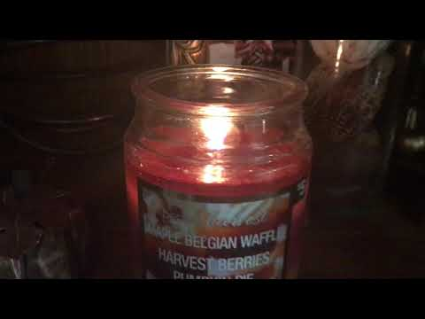 Perfect Harvest- Candle 🍁 Maple Belgium Waffles,Harvest Berries&Pumpkin Pie*Review(Dollar General)