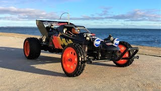 REViTALiZiNG and RUNNiNG the Tamiya SUPER HORNET 1993 Vintage 2WD 1/10 Buggy! (Tamiya 58124)