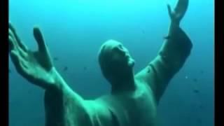 Statue Of Jesus Christ Under Water