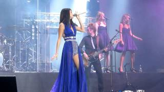 love-you-like-a-love-song-selena-gomez-the-scene-live-in-chile-30-01-2012