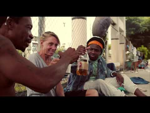3OH!3 - DON'T TRUST ME [OFFICIAL MUSIC VIDEO] from YouTube · Duration:  3 minutes 40 seconds