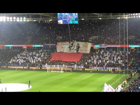 Trabzonspor - Fenerbahçe maçı öncesi tribünde görsel şölen