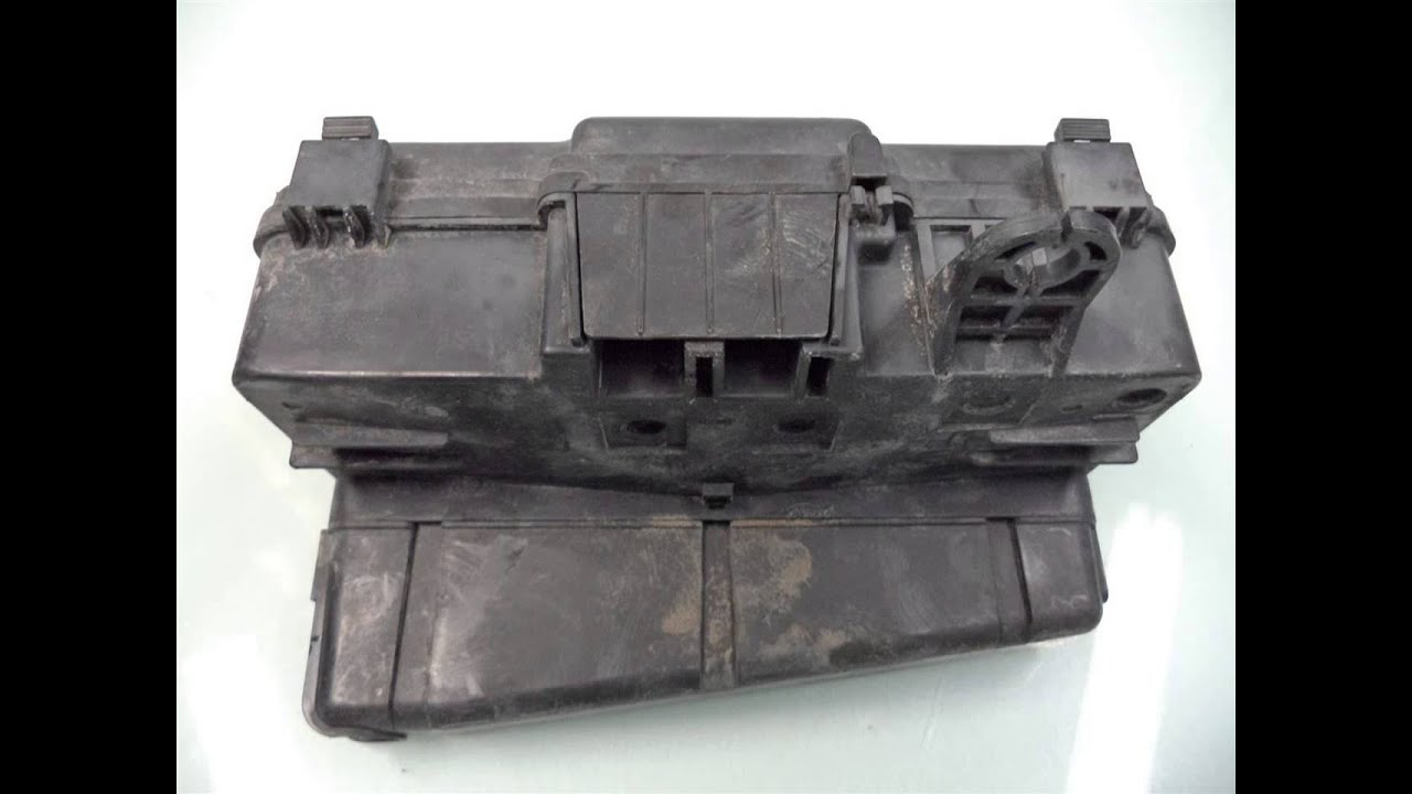 2000 honda accord engine fuse box 38250 s84 a32 ahparts com used rh youtube com  2000 honda accord fuse box under hood