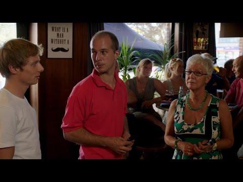 Nicholas slaat café met verstomming: 'Dit kan niet!' | Nicholas | VTM